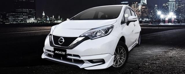 ชุดแต่ง Nissan Note สีขาว